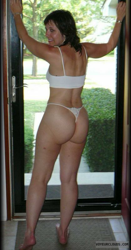 Sexy Milf Lesbians In Thong Pictures 5