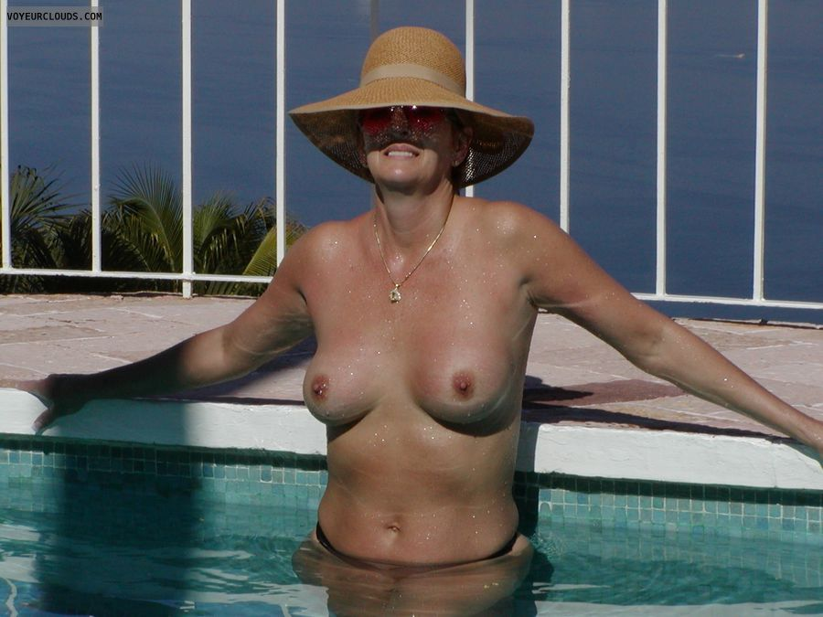 wife tits, sexy wife, topless wife, wife nipples, wife boobs