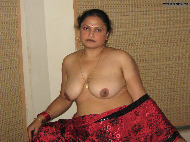 indian-topless-woman