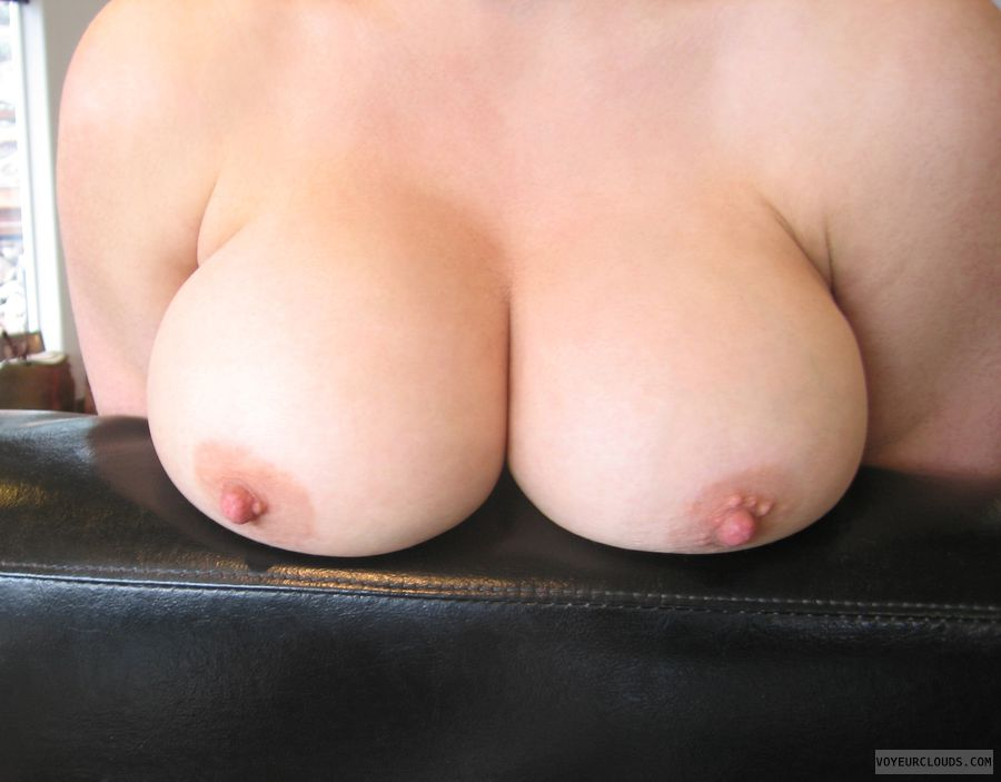 wife tits, wife nipples, big boobs, big tits, deep cleavage