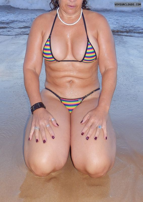 sexy wife, sexy milf, beach pic, deep cleavage, sexy bikini