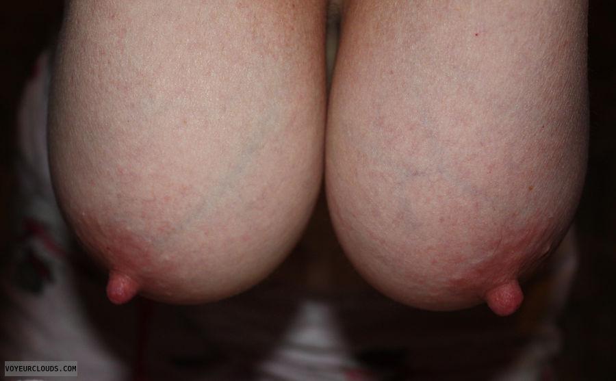 Erect bbw nipples