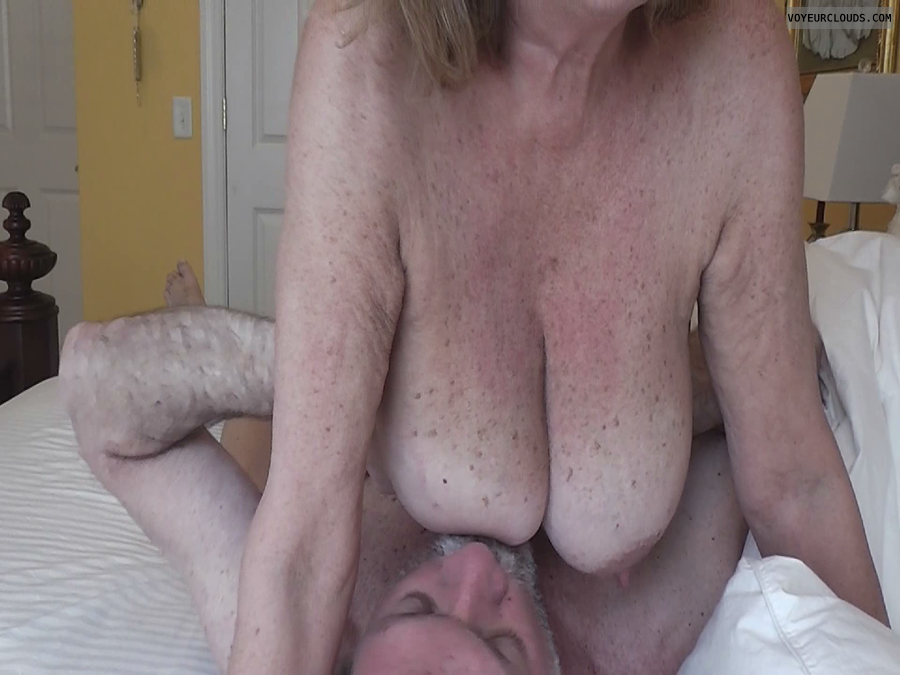 Over 50 mom needs younger cock