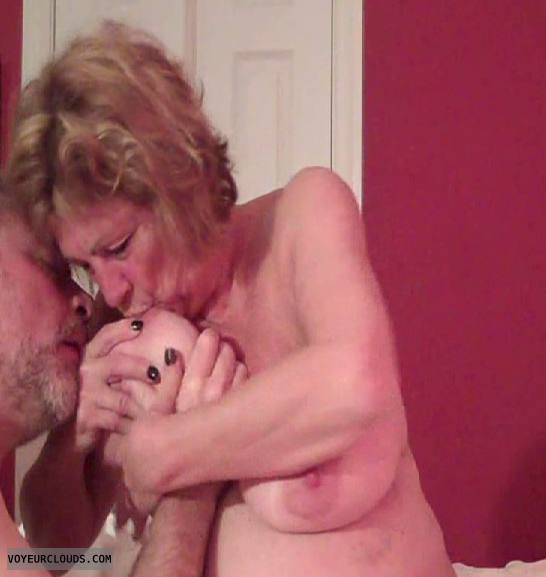 Getting cum all over her face
