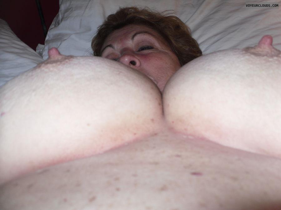 Big Nipples Cum 76