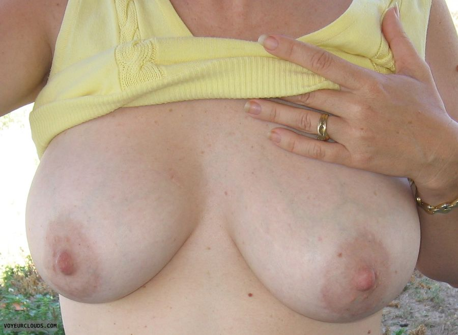 medium tits, flashing, voyeur, big tits, pink nipples