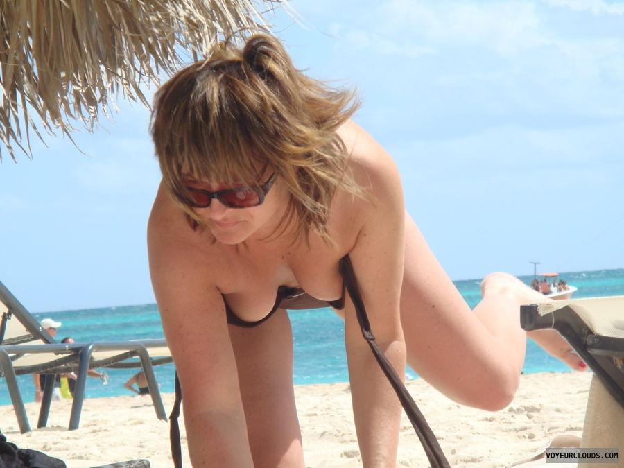 Downblouse beach