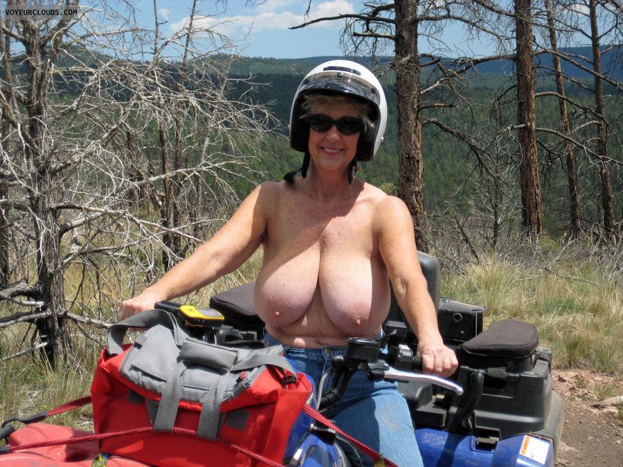 ebony giant tits