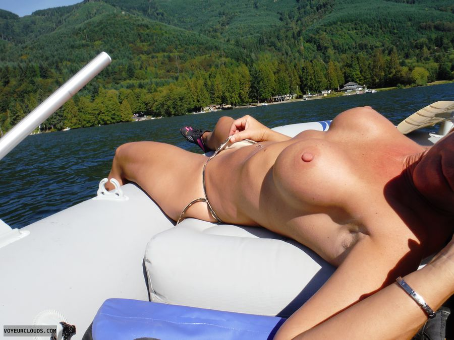 Share Topless housewives on boat