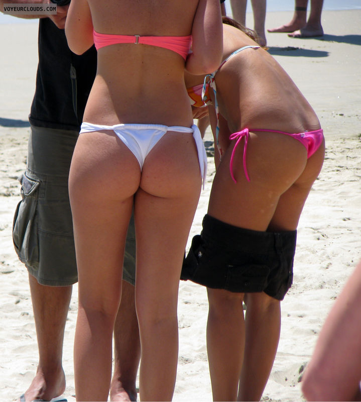 beach voyeur, sexy ass, beach ass, two girls, bikini thong