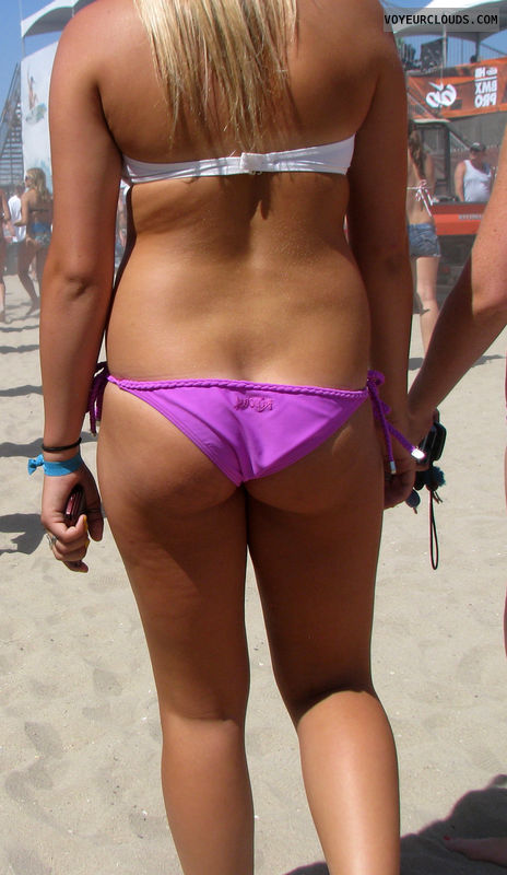 beach voyeur, sexy ass, bikini ass, beach spy, young woman