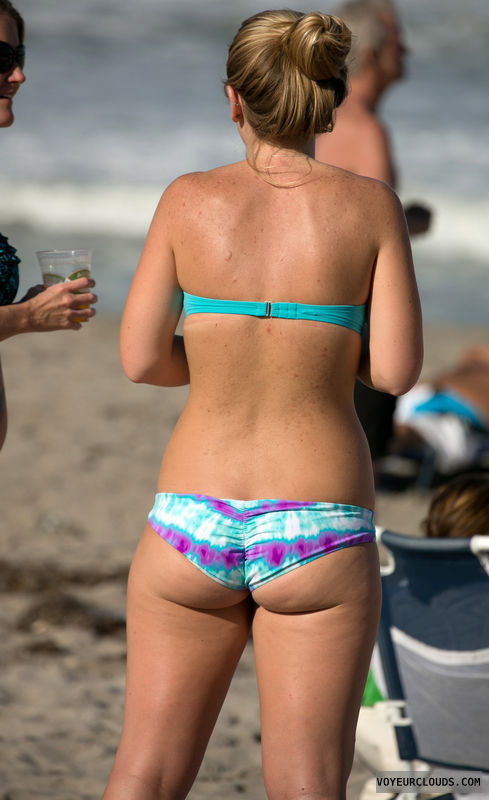 beach voyeur, sexy butt, butt cheeks