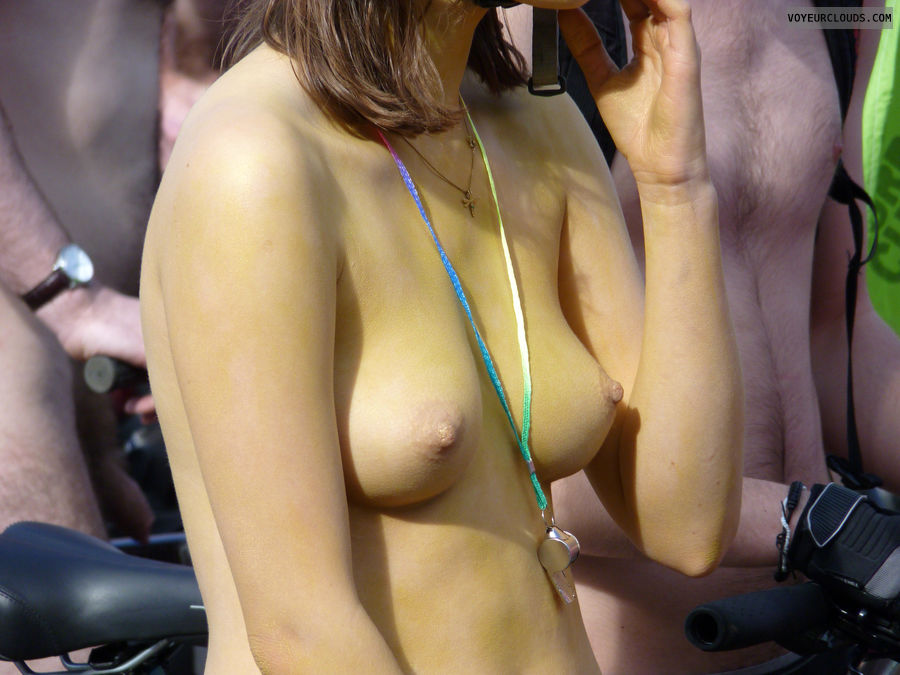 cute tits, exposed in public, wnbr