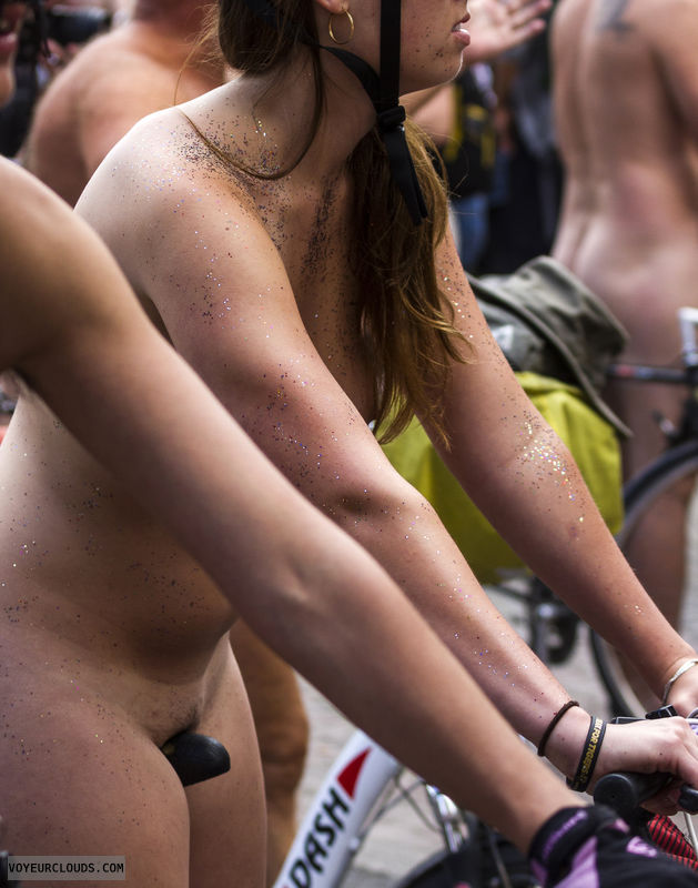 nude woman, nude cycling, wnbr, hairy pussy, exposed in public