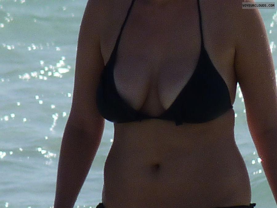 big tits, big boobs, black bikini top, beach pic