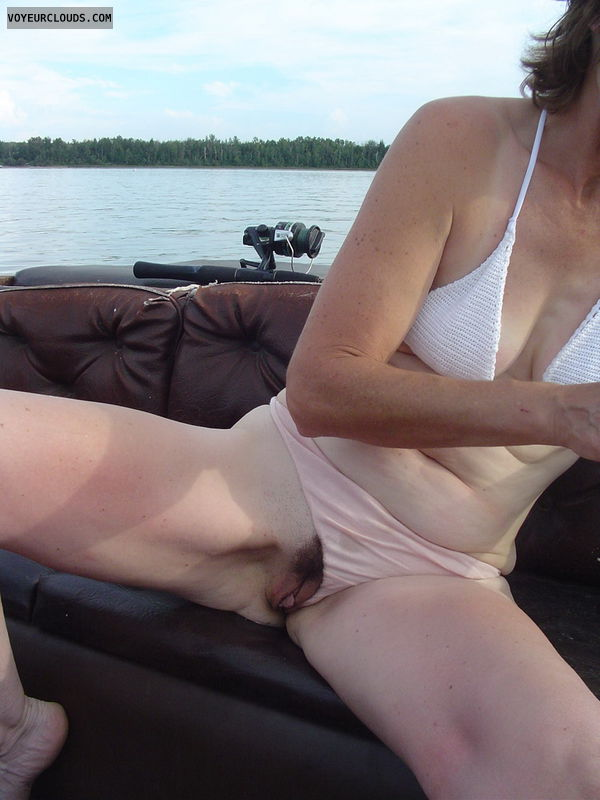 pussy peek, meaty pussy, trimmed pussy, small tits