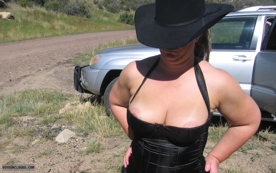 big boobies, deep cleavage, outdoor pic, black corsets