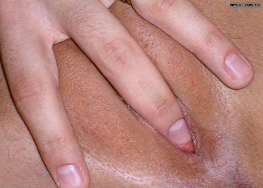 fingering pussy, shaved pussy