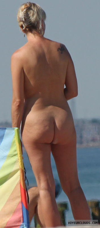 beach voyeur, beach, ass, nude, nudism, beach ass