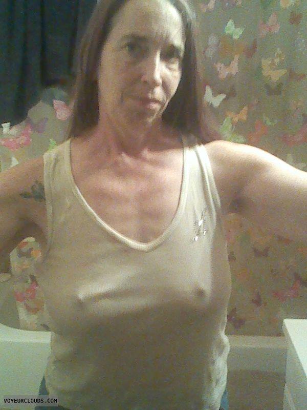 Advise T shirt nipples amateur