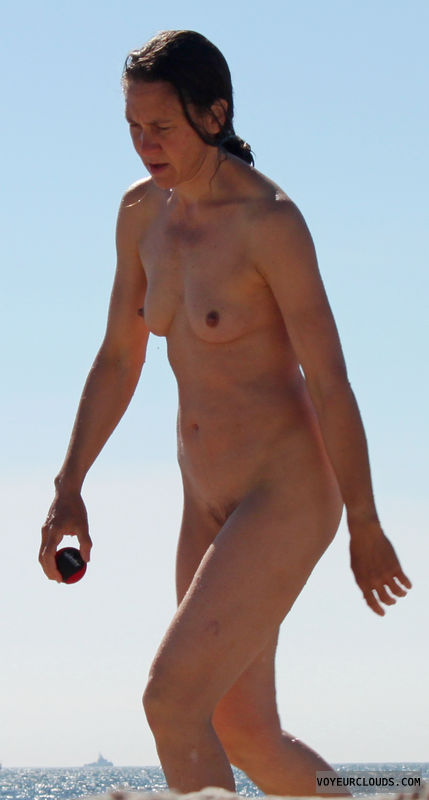 beach voyeur, nude woman, naked woman, small tits