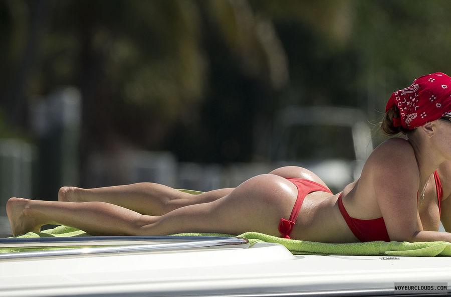 super hot nude woman