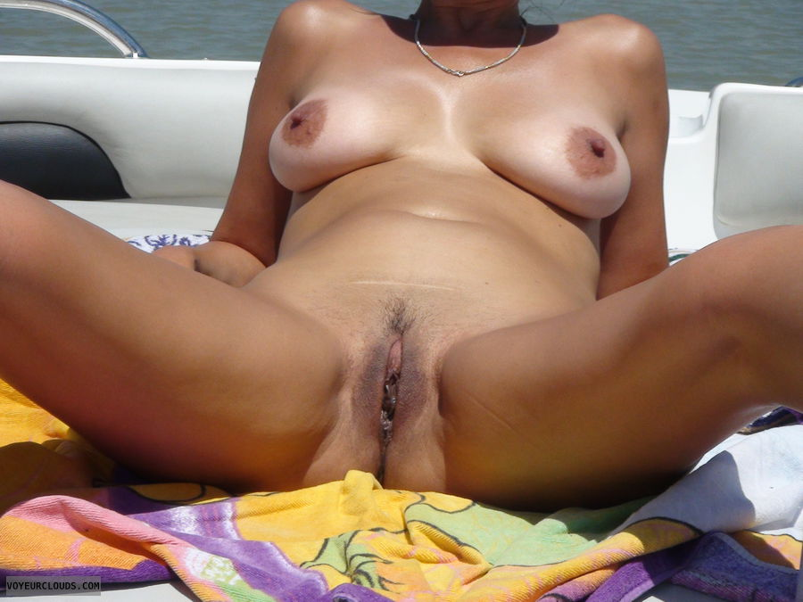 pussy, outdoors, boat, tits, milf, sunshine, vcity hall of fame