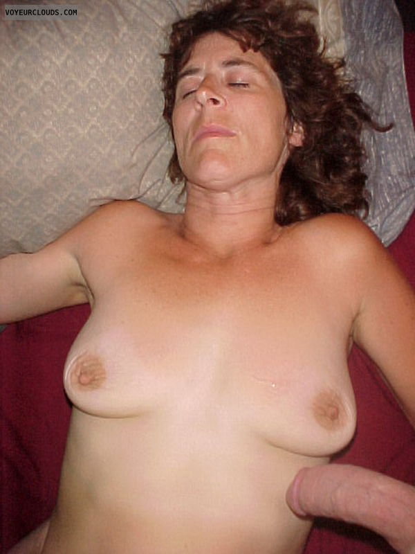 Amature wife tits