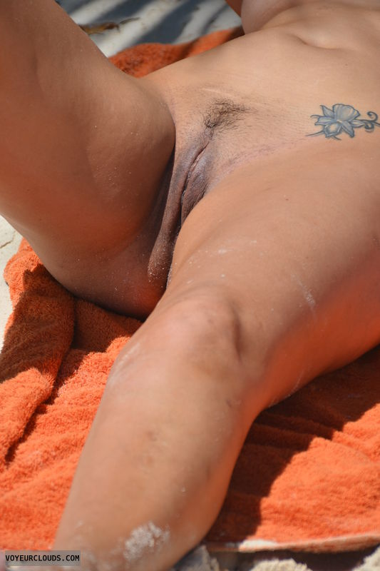 trimmed pussy, tight pussy, belly tattoo, outdoors