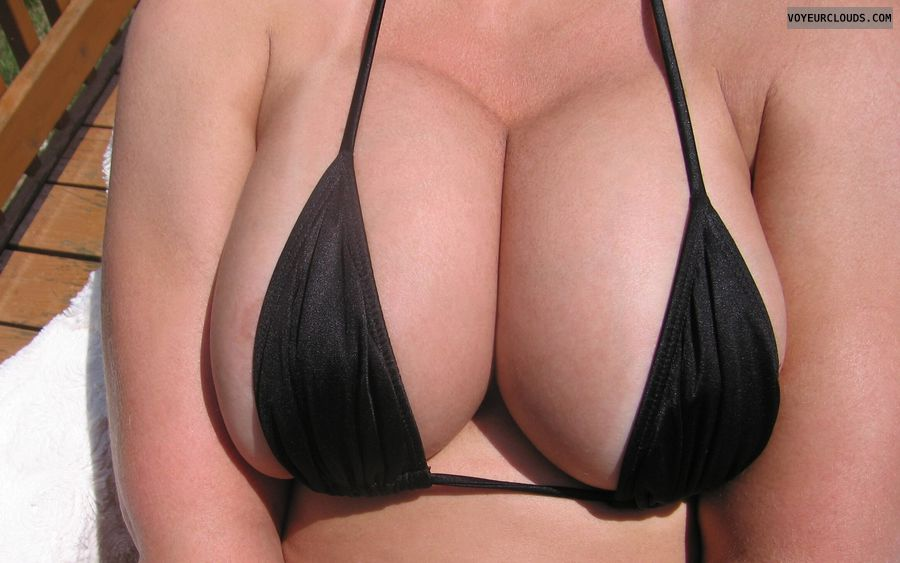 Boobies, Cleavage, Working on some tanlines