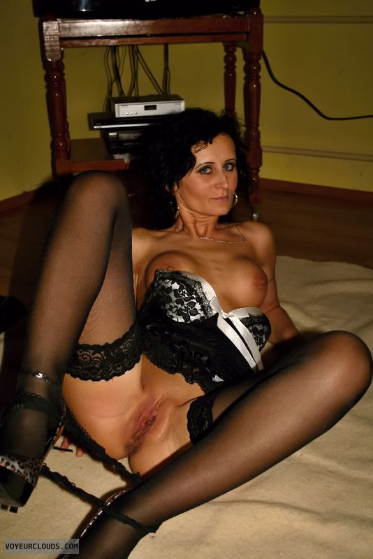 milf pussy, shaved pussy, bottomless, high heels