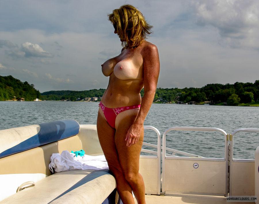 Boat Tits 30