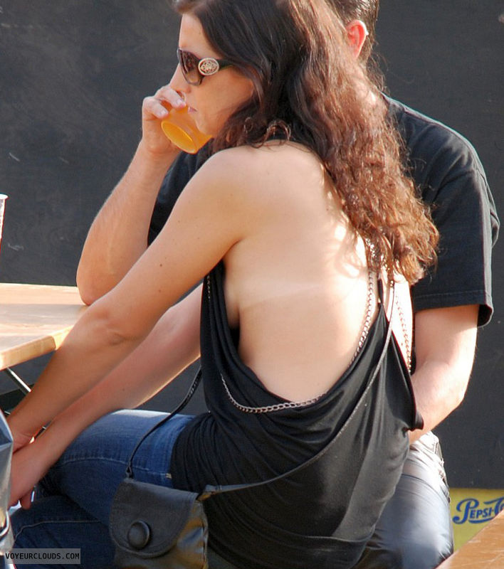sideblouse voyeur, braless, exposed tits, sunglasses