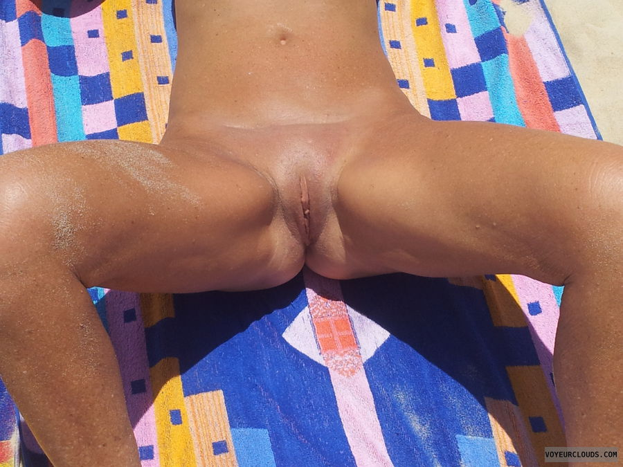 spread lesgs, shaved pussy, pink pussy, outdoors