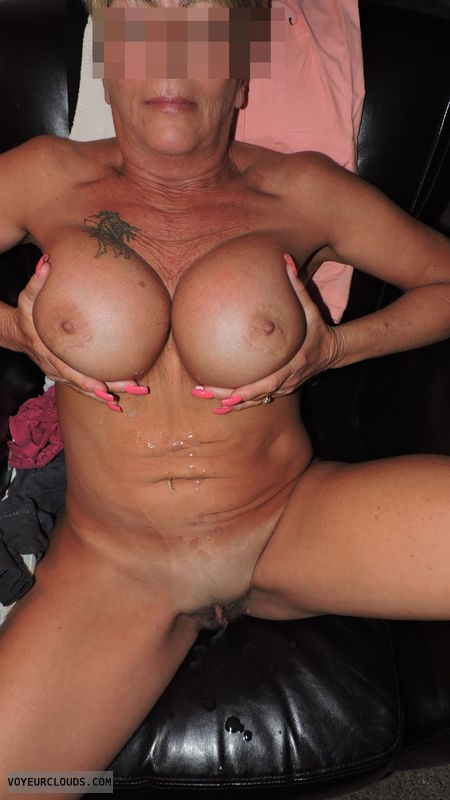 Free tanned mature big boobs videos — photo 9
