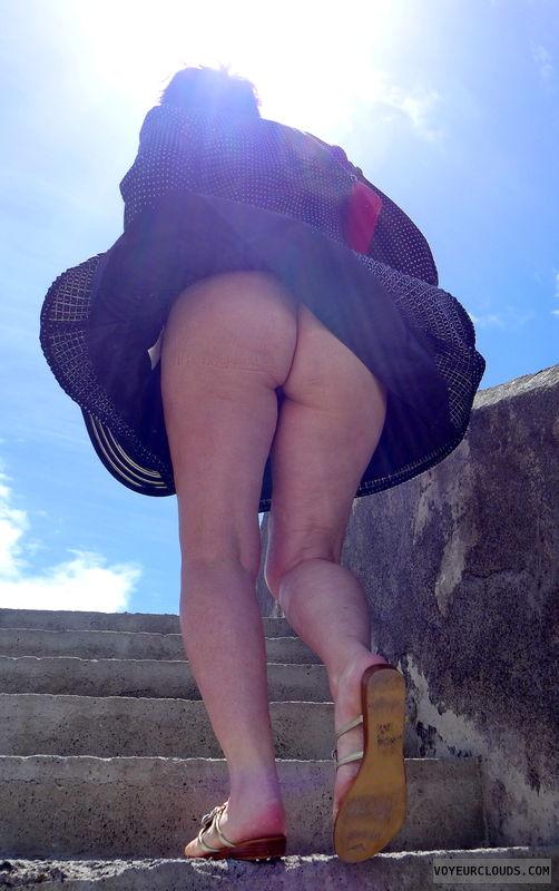 bottomless, ass pic