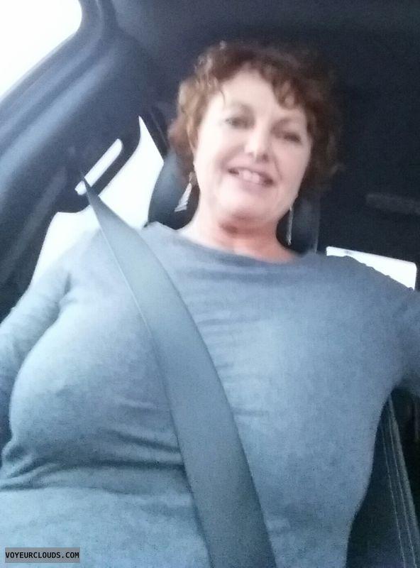 braless, big tits, hard nipples, pokies