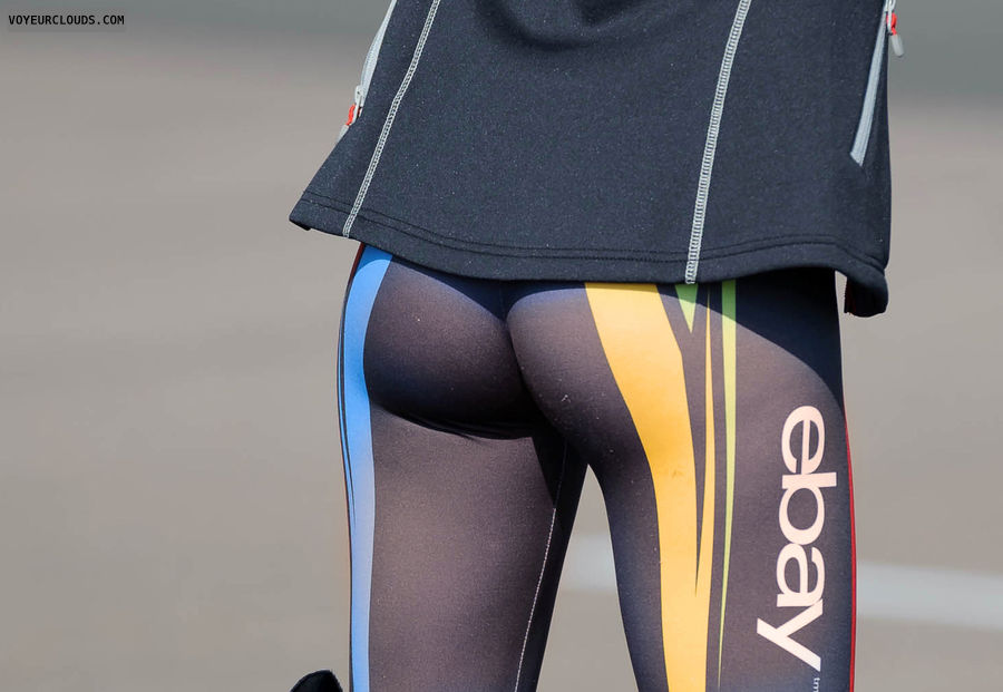 ass voyeur, tight leggings, sexy ass, seethrough, grid girl