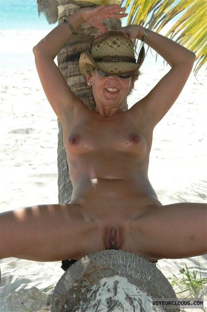 shaved pussy, open legs, nude outdoors, small tits