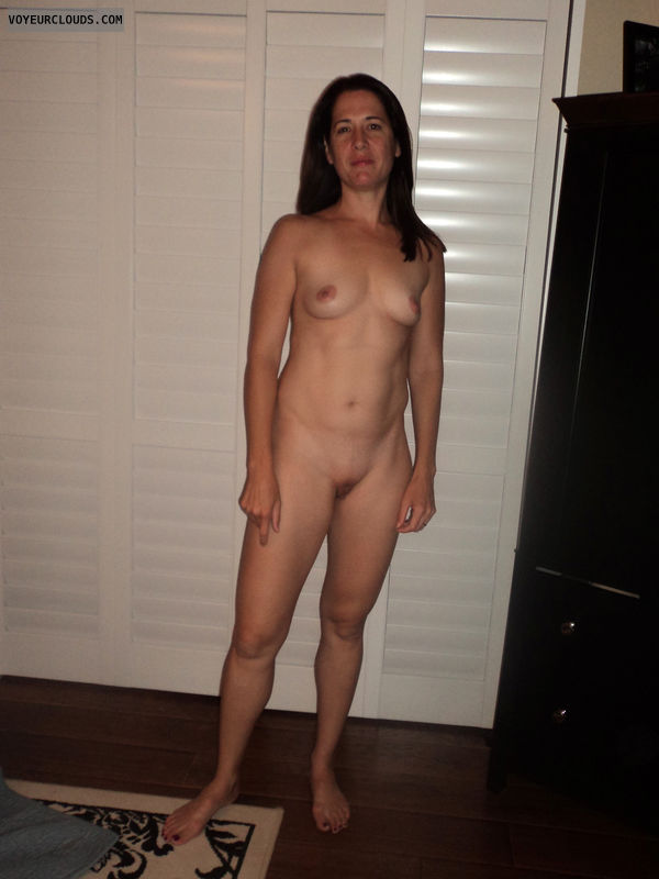 Fit nude wife