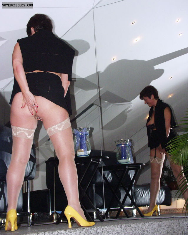 nude ass, yellow high heels, white stockings, mirror