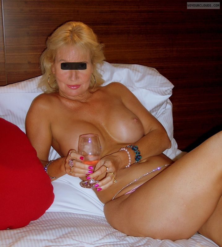 Nude Wife, Big Boobs, Hotel Bedroom