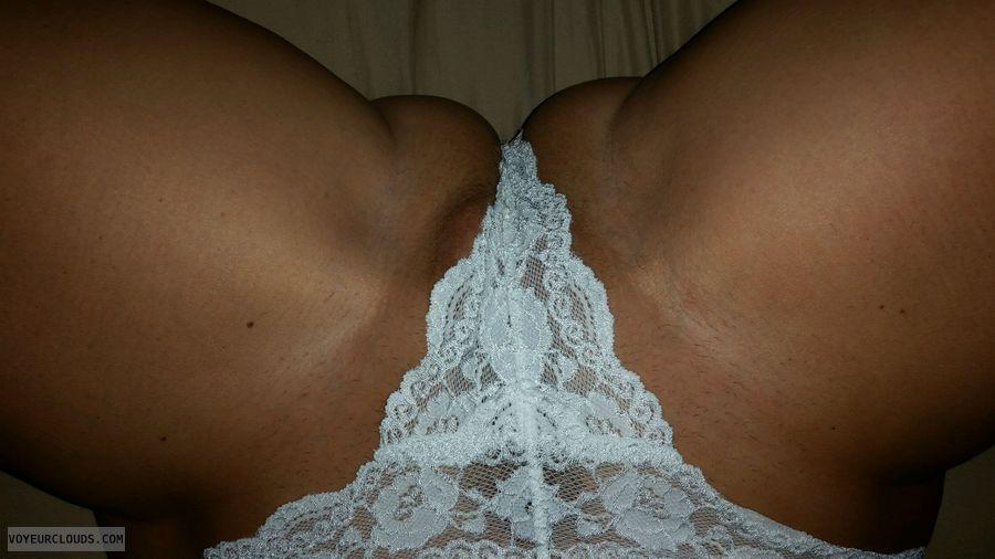 spread legs, thong, pussy slip, MILF, Cougar, pussy peak