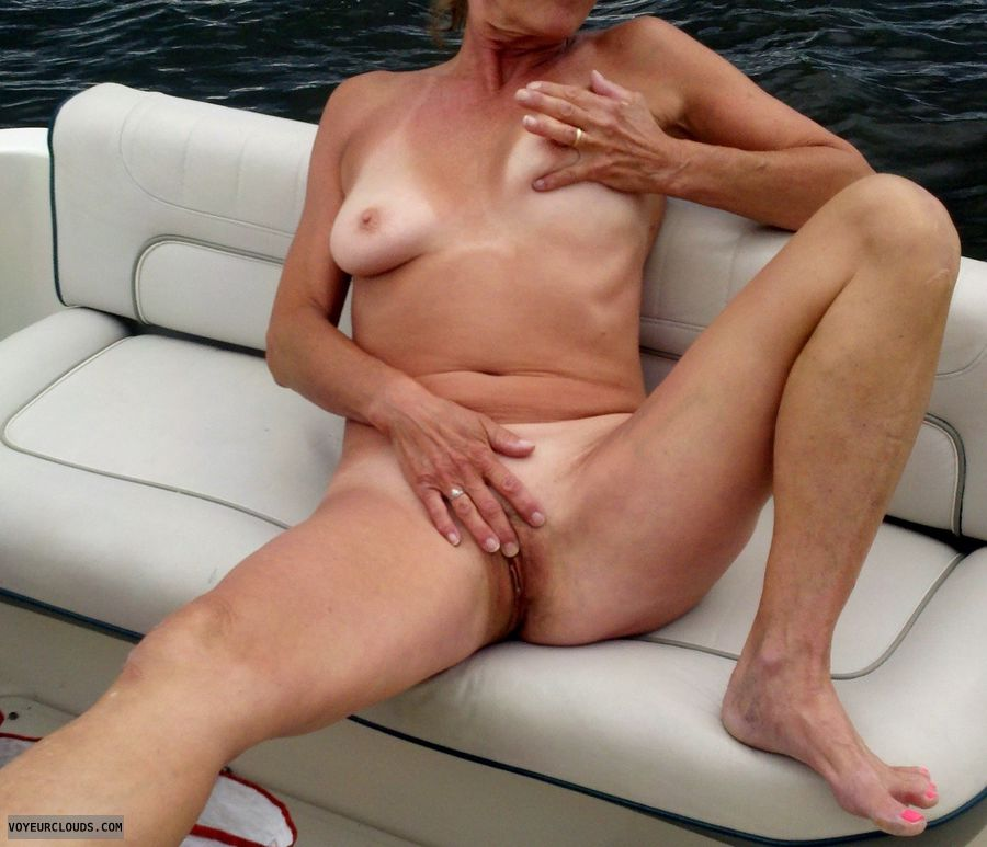 sexy milf, public masterbation, tickling the clit