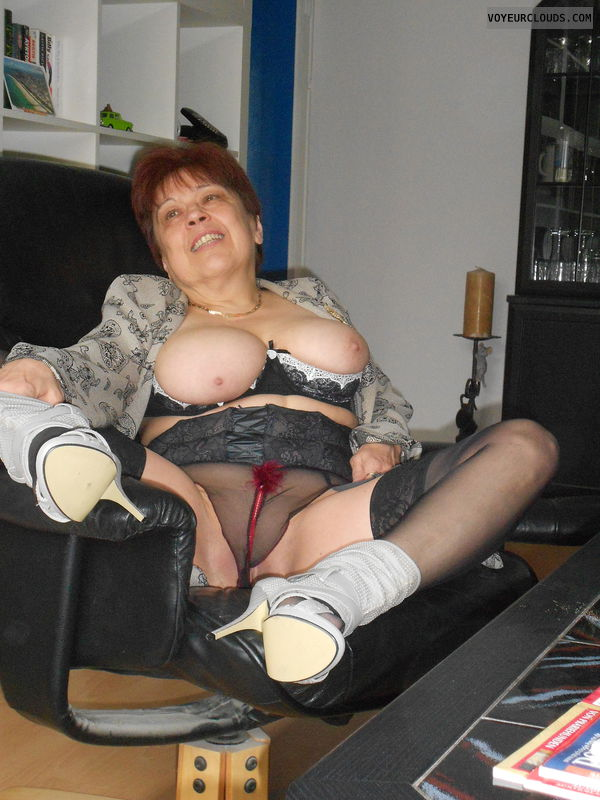 MILF, Big tits, Relaxing, Stockings, High heels, Lingerie