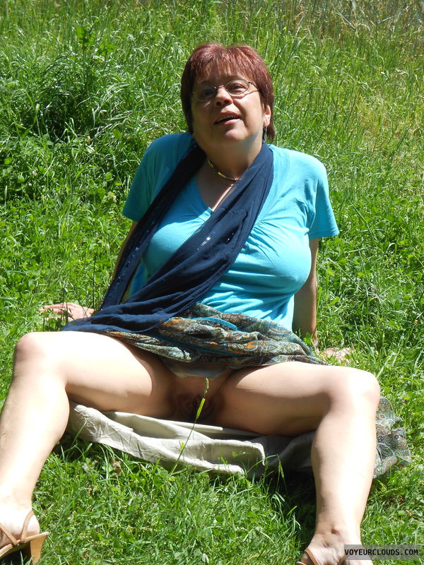 spreading outdoors Milf
