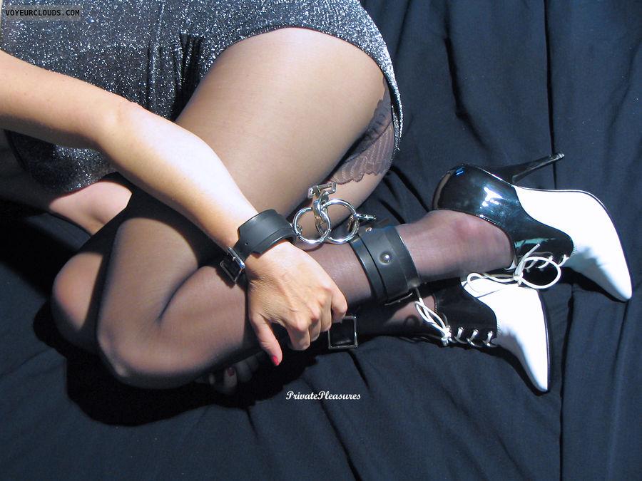 d bdsm heels