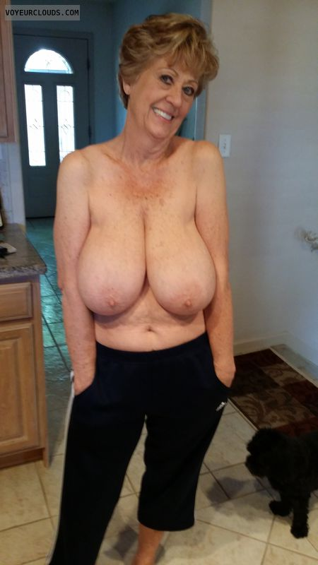 Mature mom in a girdle