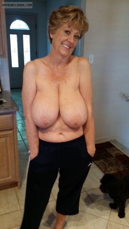 Mature Lesbian Nipple Movie Gallery 108