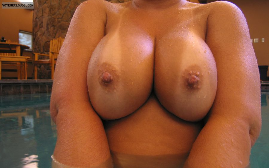 pool topless, nude at pool, pool naked, big tits, big boobs